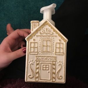 Gingerbread house soap dispenser bath body works